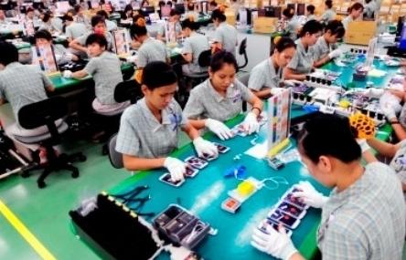 Tạm dừng đưa lao động sang làm việc tại Malaysia