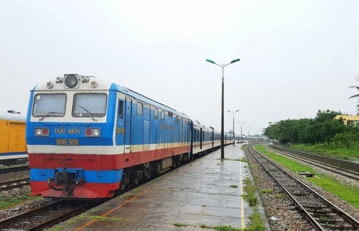Đã thông toàn tuyến đường sắt Bắc - Nam