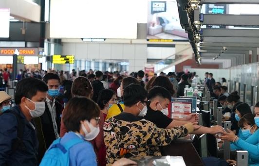 Hành khách tham gia giao thông công cộng phải đeo khẩu trang