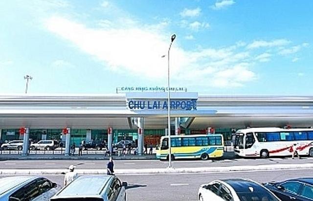 Kéo dài thời gian đóng cửa Cảng hàng không Chu Lai vì bão số 9