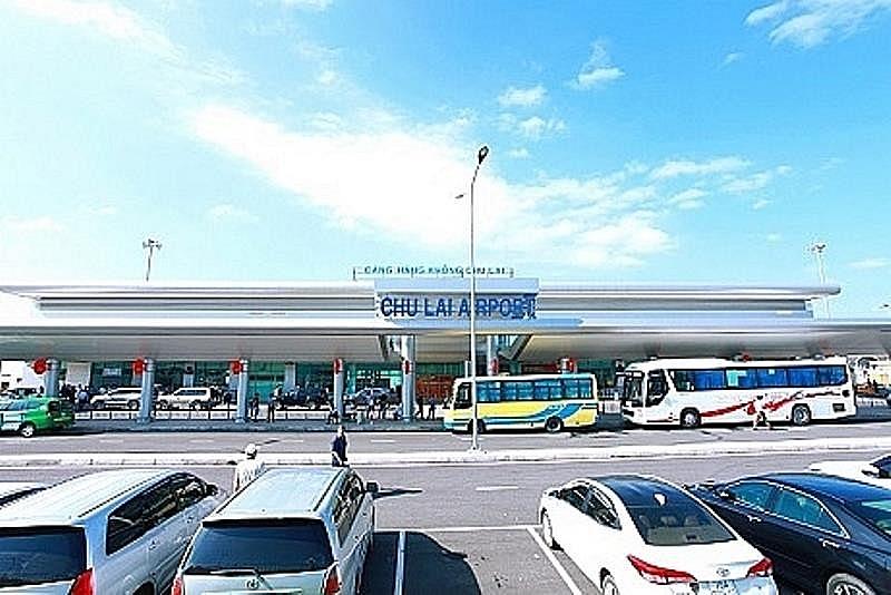 Kéo dài thời gian đóng cửa Cảng hàng không Chu Lai để khắc phục hậu quả bão số 9