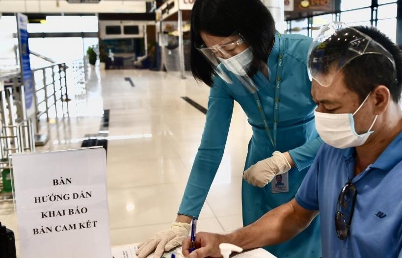 Hành khách đi máy bay phải đáp ứng yêu cầu gì?