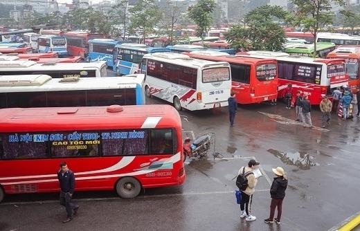 Hà Nội: Xe khách được hoạt động trở lại với tần suất bình thường