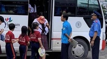 Hà Nội xử lý 39 trường hợp xe đưa đón học sinh vi phạm