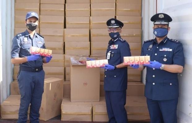 Hải quan Malaysia bắt giữ 11 triệu điếu thuốc lá lậu