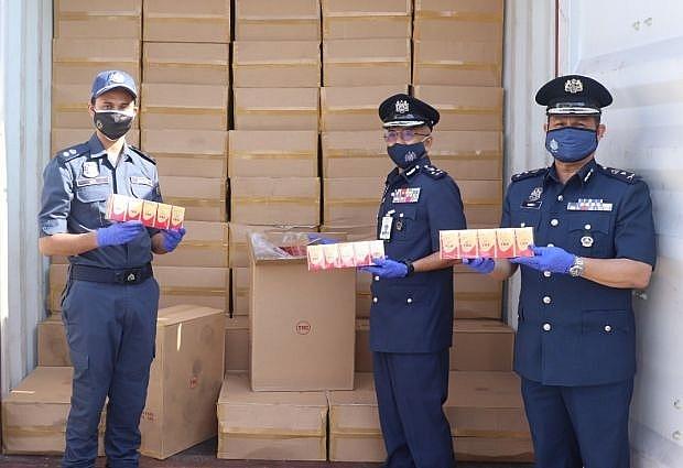 Hải quan Malaysia thu giữ thuốc lá lậu