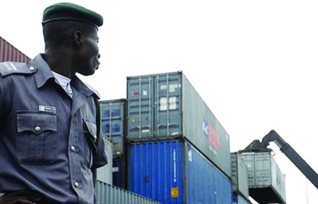 Hải quan Nigeria góp phần kiểm soát các sản phẩm bảo vệ sức khoẻ người dân