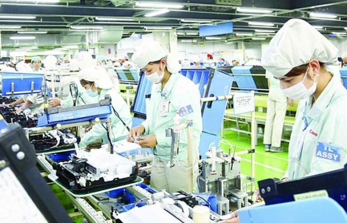 Hà Nội:  Thúc đẩy sản xuất, kinh doanh  bám sát tiến độ khống chế dịch