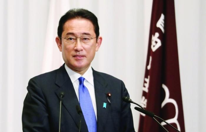 Nhiệm vụ bất khả thi của tân Thủ tướng Nhật Bản