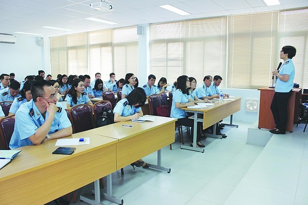 Hoạt động giảng dạy tại Trường Hải quan Việt Nam. Ảnh: Hồng Nụ