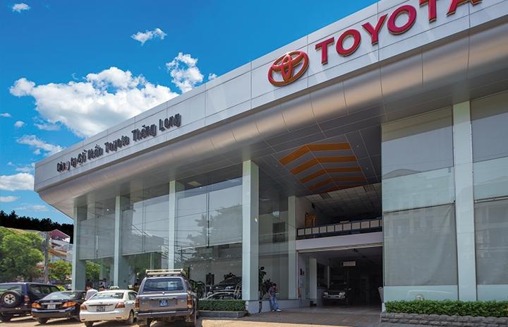 Ô tô hạng sang được giảm hàng trăm triệu giá tính lệ phí trước bạ