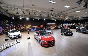 Mercedes-Benz Fascination Show 2019: E-Class mới sẽ xuất hiện