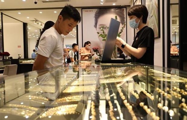 Giá vàng SJC tăng lên mức 56 triệu đồng/lượng phiên đầu tuần
