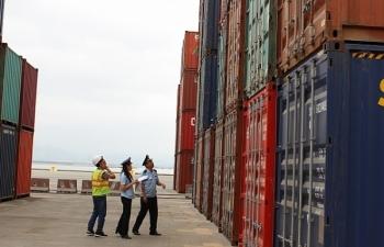 Đã giảm 4.379 container tồn đọng tại cảng biển