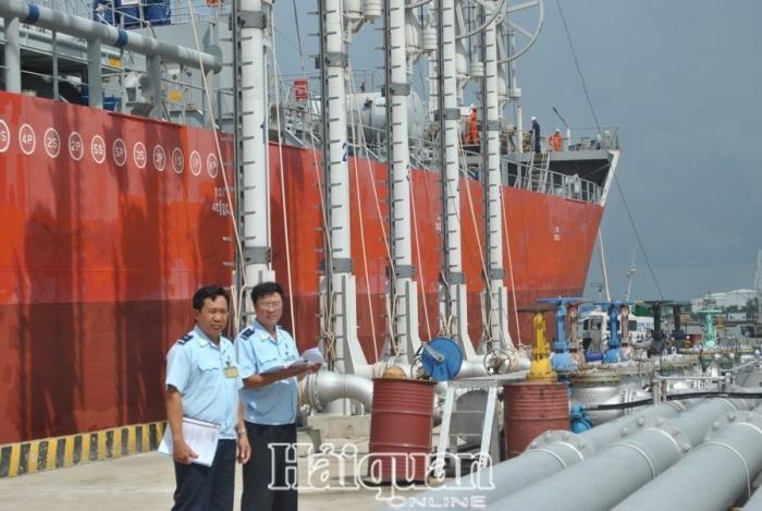 Kho xăng dầu phải có thiết bị đo mức bồn, bể tự động kết nối trực tuyến