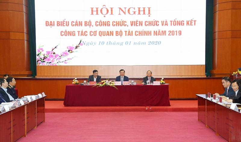 bo tai chinh no luc vuot thach thuc quyet tam thuc hien thang loi nhiem vu nam 2020