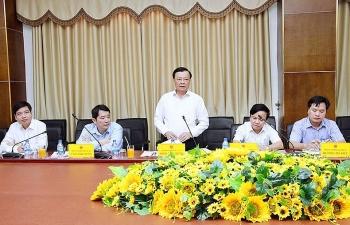 Bộ trưởng Đinh Tiến Dũng ủng hộ việc phát huy thế mạnh của Quảng Trị