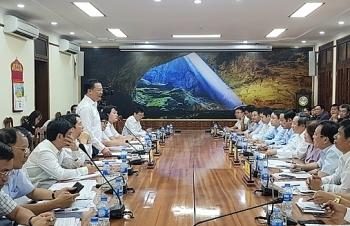Bộ trưởng Đinh Tiến Dũng đánh giá cao kết quả tài chính - ngân sách của Quảng Bình