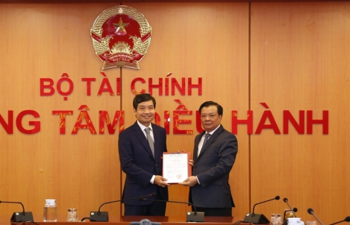 Công bố Quyết định bổ nhiệm đồng chí Tạ Anh Tuấn làm Thứ trưởng Bộ Tài chính
