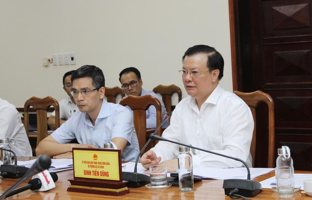 Bộ trưởng Bộ Tài chính làm việc với Quảng Bình về tình hình thực hiện nhiệm vụ tài chính – ngân sách