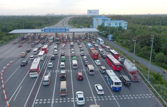 Thu phí hay thu giá sử dụng đường cao tốc do Nhà nước đầu tư?