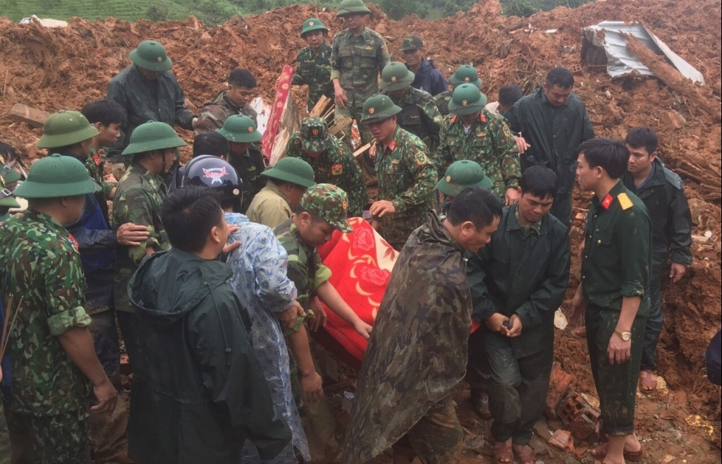 Cập nhật cứu hộ sạt lở đất ở Quảng Trị: Đã tìm thấy 8 thi thể, đề nghị sử dụng trực thăng cứu nạn