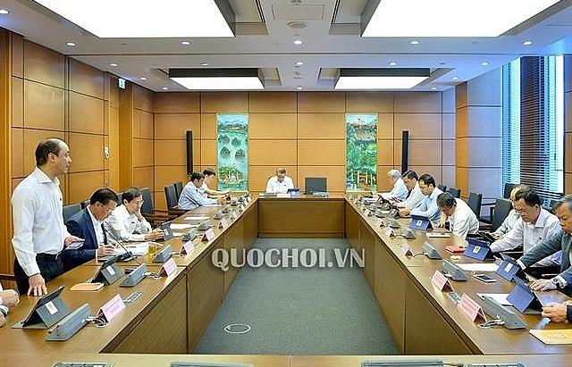Quốc hội thảo luận các dự thảo Luật sửa Luật Phòng, chống thiên tai, Luật Đê điều và Luật Xây dựng