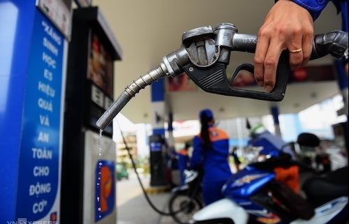 PVN kiến nghị cấm nhập khẩu xăng dầu vì Covid-19