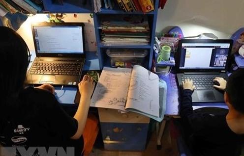 COVID-19 và cú hích chuyển đổi số trong giáo dục ở Việt Nam
