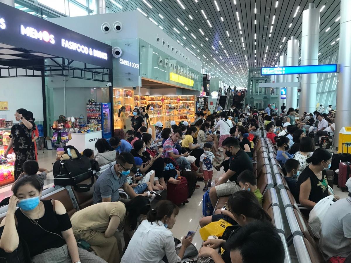 Cục Hàng không Việt Nam cho biết, để phục vụ tốt nhu cầu đi lại của nhân dân, ngành hàng không nói chung và các hãng hàng không nói riêng đều đã xây dựng kế hoạch phục vụ Tết.