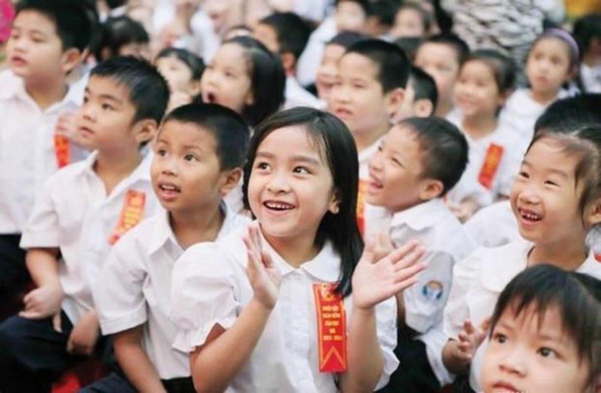 Trên thực tế, Nhà nước Việt Nam luôn tôn trọng và bảo đảm các quyền dân chủ, quyền con người