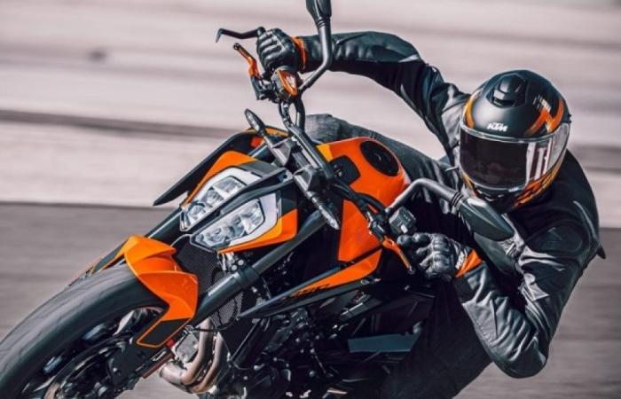 Ảnh chi tiết KTM 890 Duke 2021 công suất 115 mã lực