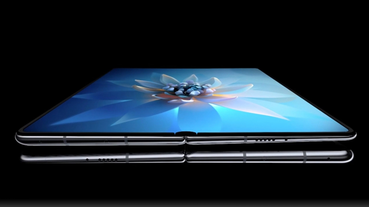 Bất chấp khó khăn, Huawei vẫn tung smartphone siêu đắt