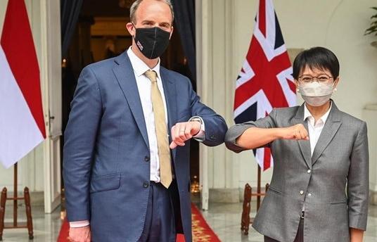 Ngoại trưởng Anh thăm Indonesia, Brunei, thúc đẩy quan hệ với ASEAN
