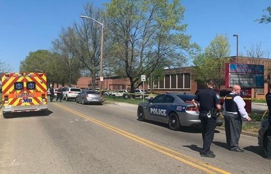 Lại xảy ra xả súng tại trường học ở Mỹ, nhiều người trúng đạn