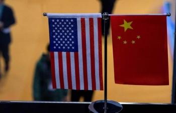 Căng thẳng với Mỹ, Trung Quốc tìm cách lôi kéo Nhật Bản và Hàn Quốc
