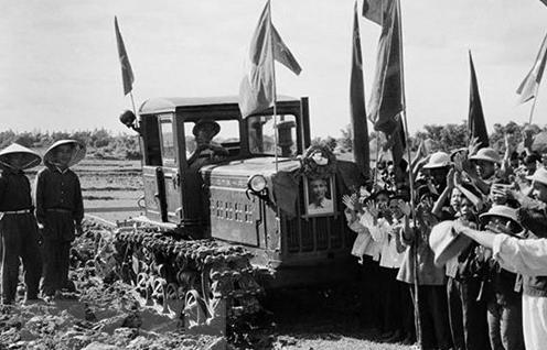 Tư tưởng Hồ Chí Minh về thi đua yêu nước có ý nghĩa to lớn