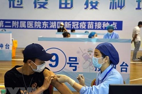 Hơn 1 tỷ liều vaccine: Dấu mốc chống dịch quan trọng của Trung Quốc
