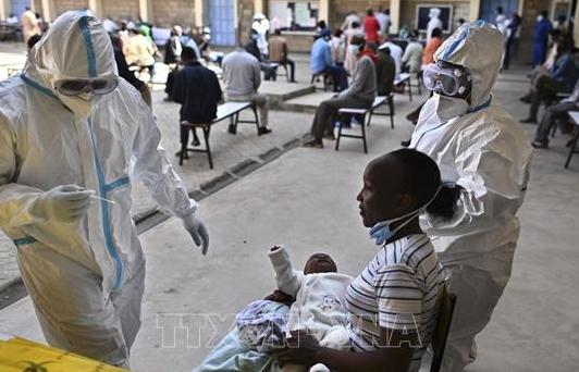 WHO cảnh báo đại dịch COVID-19 lây lan với tốc độ chưa từng có ở châu Phi