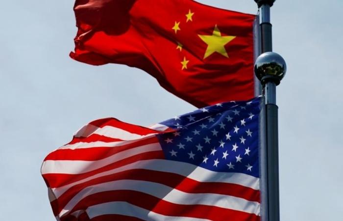 """Cuộc chiến thị thực giữa Mỹ và Trung Quốc """"khai hỏa"""""""