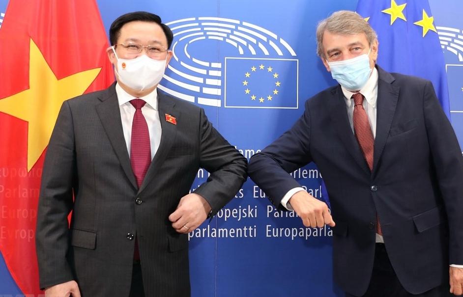 Chủ tịch Quốc hội Vương Đình Huệ hội đàm Chủ tịch Nghị viện châu Âu