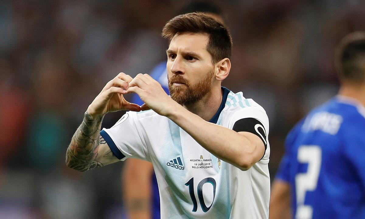 Messi sẽ có thể bỏ lỡ trận Siêu kinh điển Barca - Real khi về phục vụ ĐT Argentina. (Ảnh: Getty).