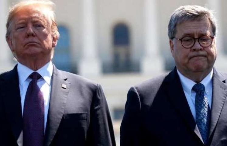 Trump giận dữ tột độ, cố vấn ra sức can ngăn sa thải Bộ trưởng Tư pháp