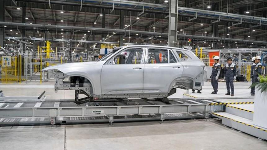 Một số loại thuế, phí ô tô thay đổi năm 2021