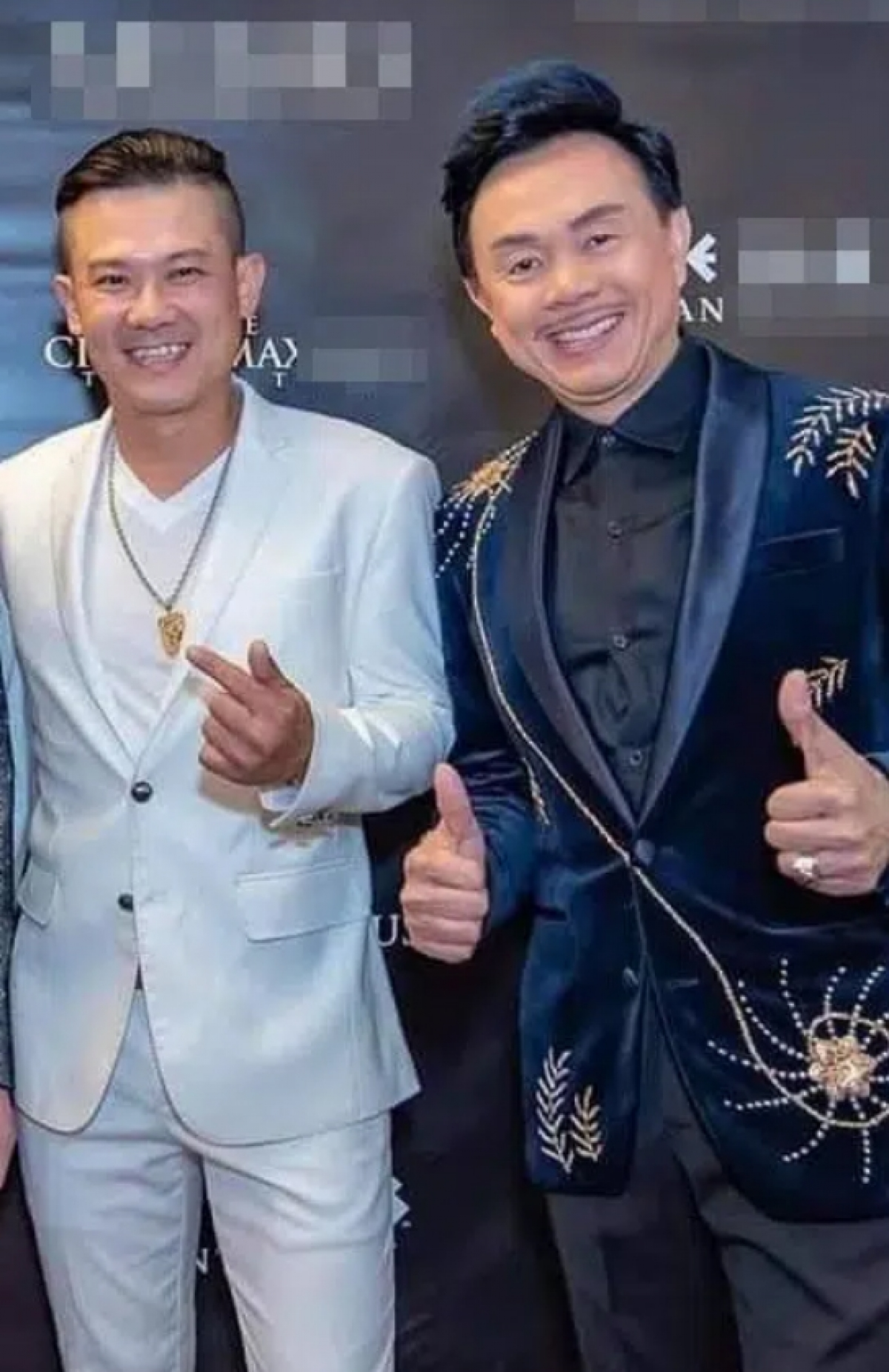 Ca sĩ Vân Quang Long và danh hài Chí Tài.